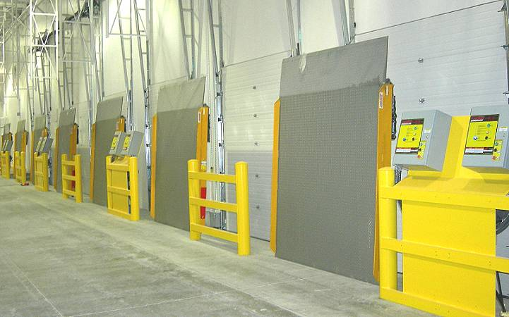 Loading Dock Doors 2 - Thor Doors and Construction, Inc.